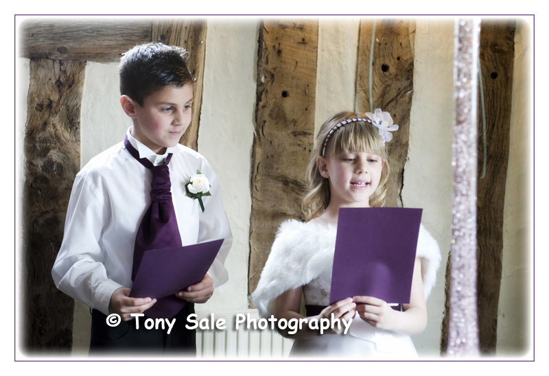 wedding-photography-white-hart-great-yeldham_003