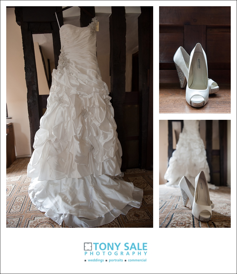 Wedding dress wedding shoes bridal suet