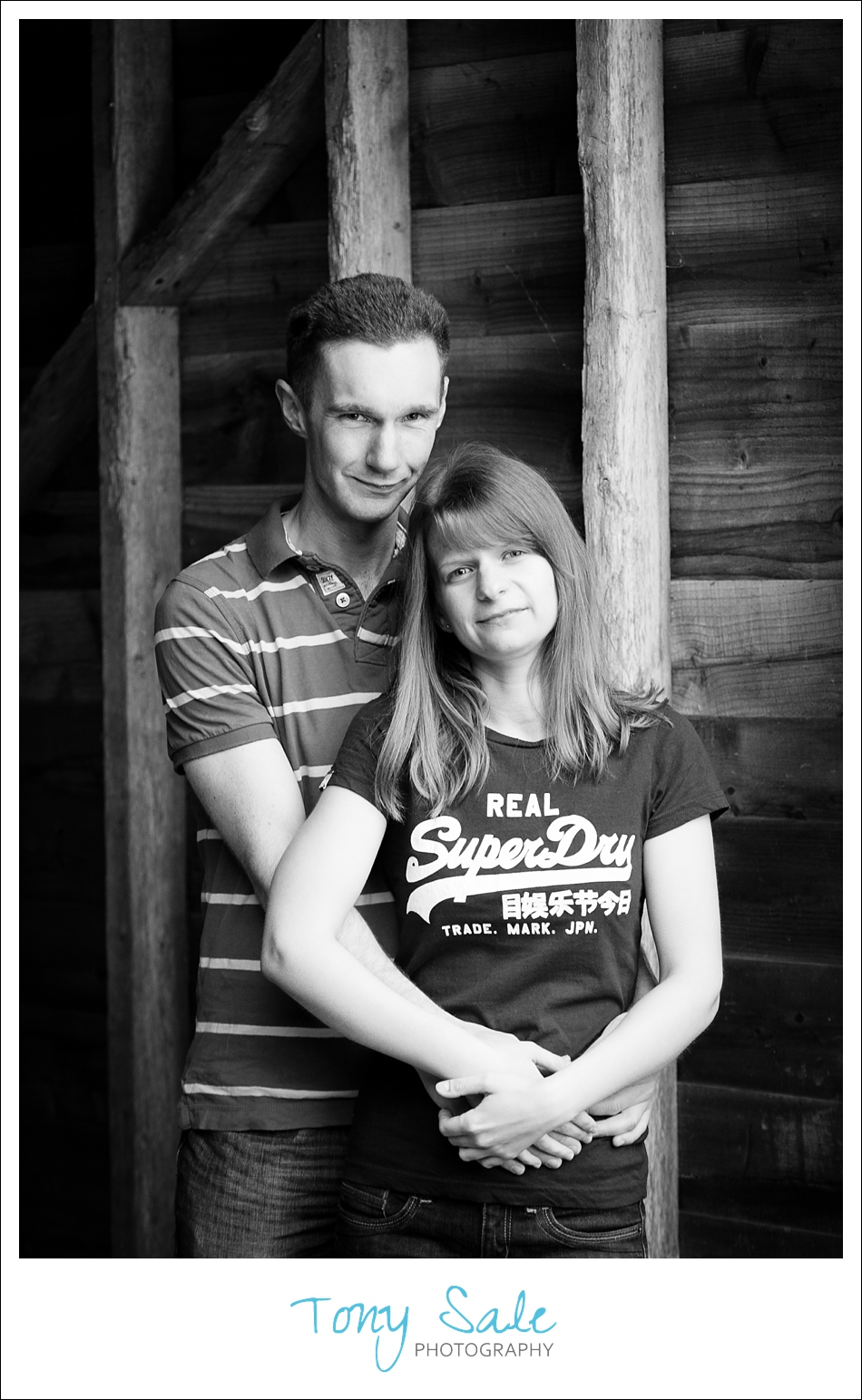 b&w portrait of Tim & Nikki
