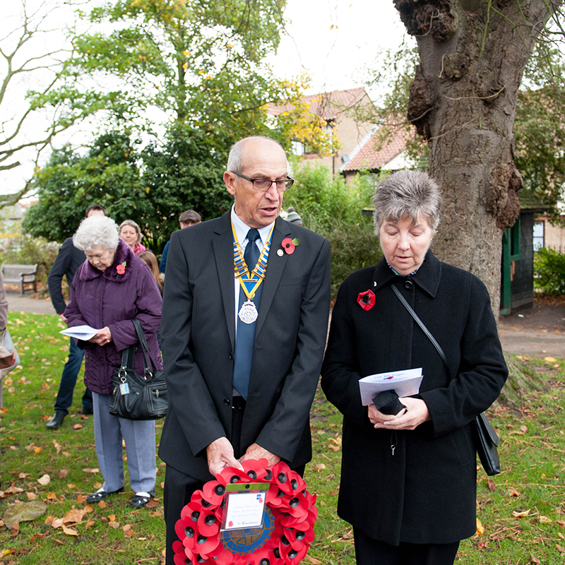 Tony Sale_Halstead Remembrance Parade_011_President Alan deBank Halstead Rotary & wife Ann
