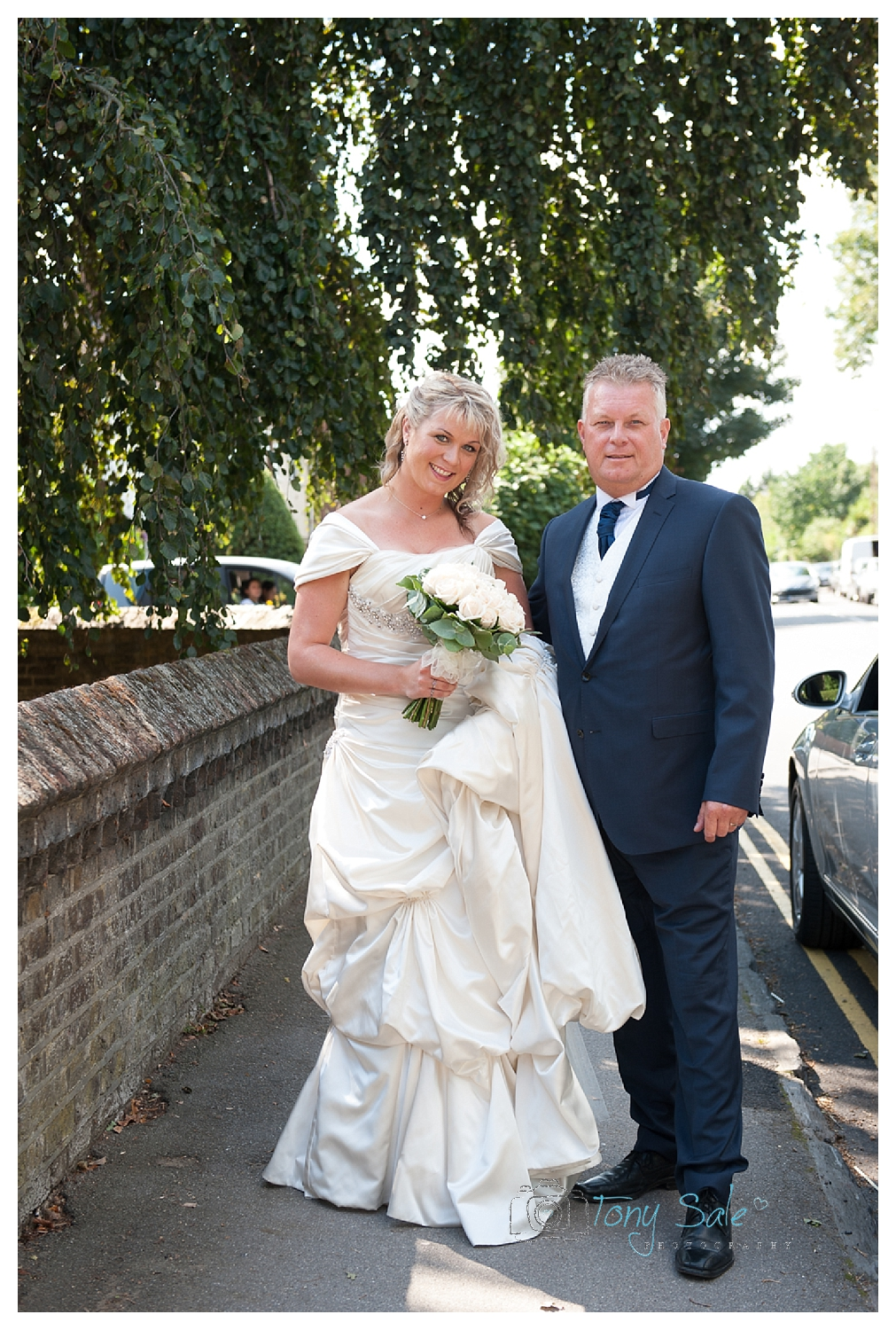 Hampton Court Wedding_Tony Sale Photography_011