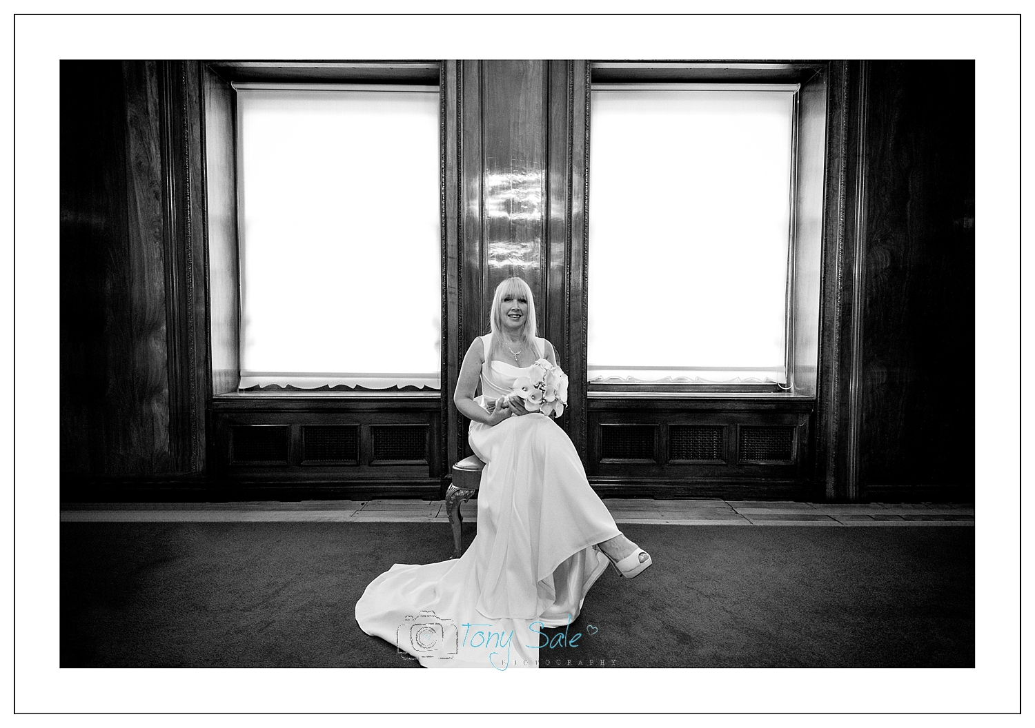braintree-town-hall-wedding_portrait of the bride