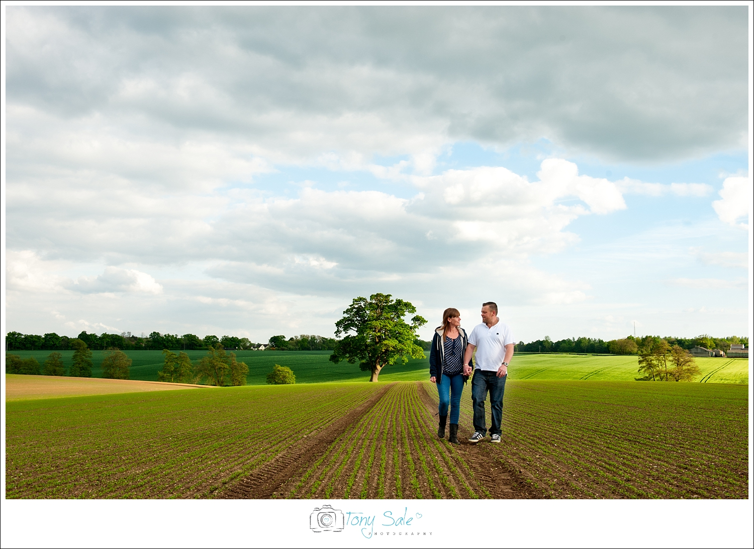 pre wedding photo shoot in the essex countryside