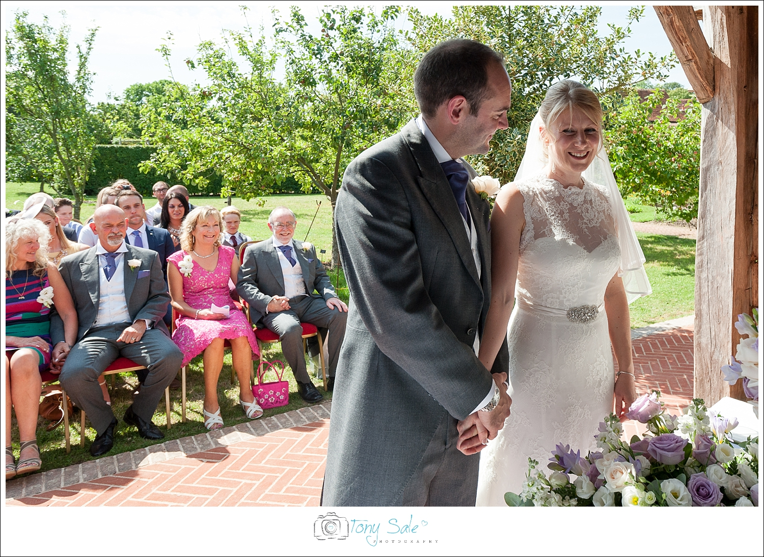 Wedding Photography_Cressing Temple Barns_015