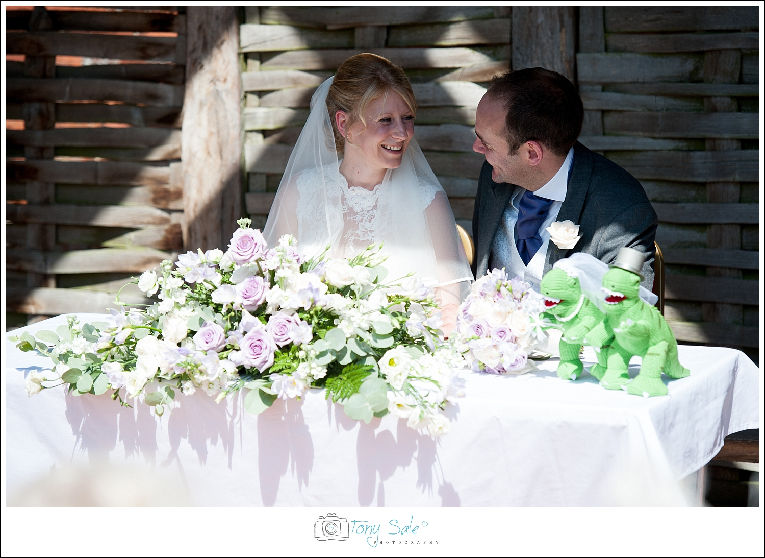 Wedding Photography_Cressing Temple Barns_020