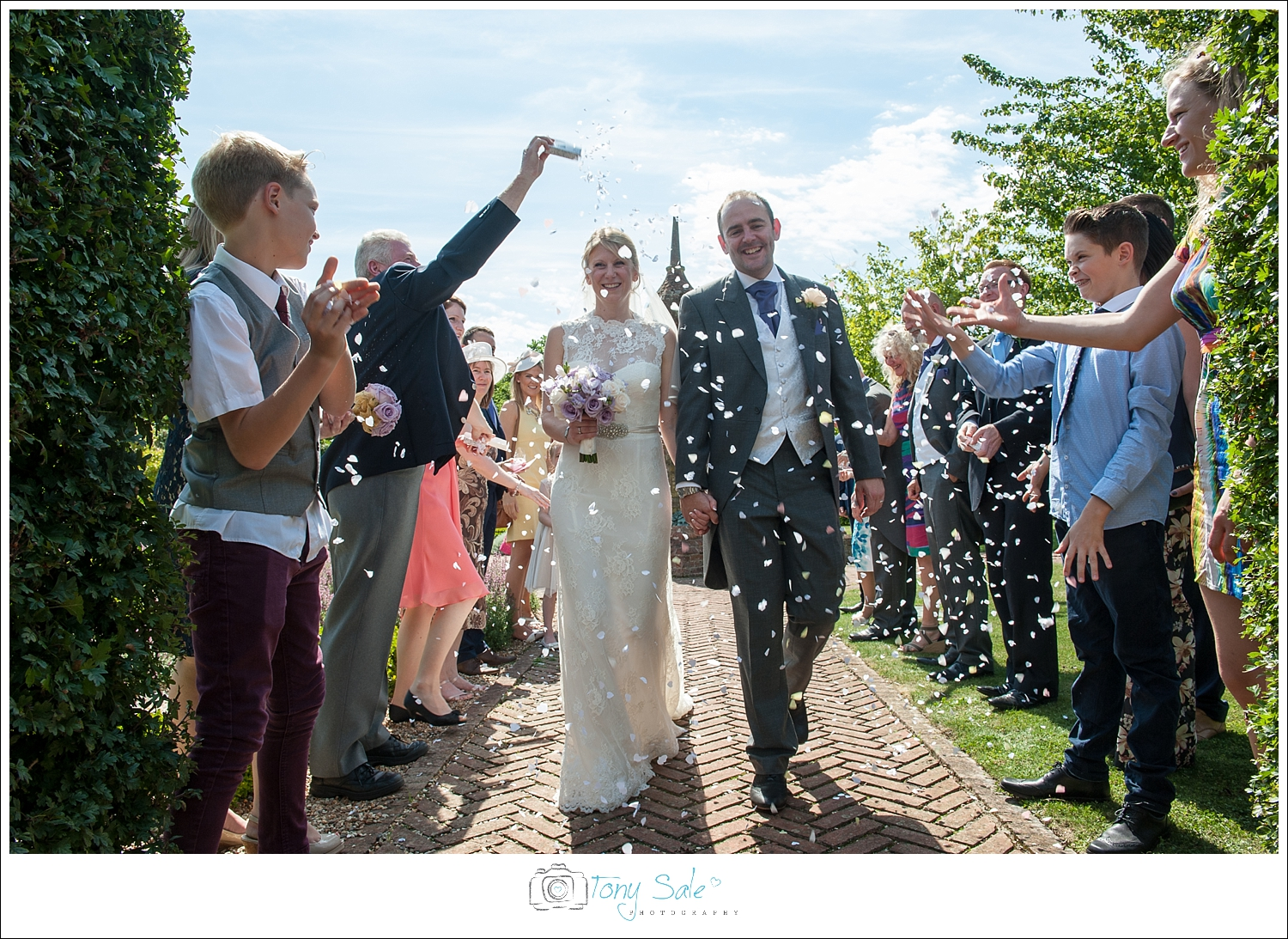 Wedding Photography_Cressing Temple Barns_022