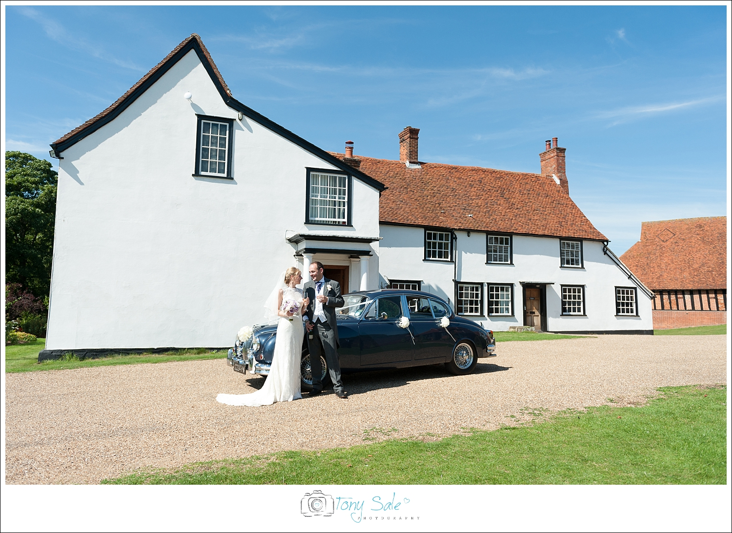 Wedding Photography_Cressing Temple Barns_038