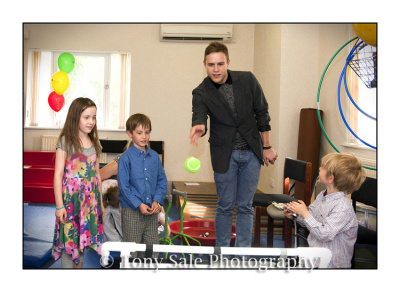Olly Murs visits 'Brainwave' in Witham