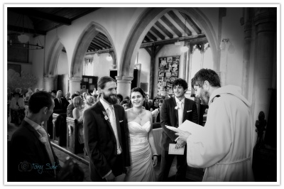 Fyfield Wedding Photography - Gaby & Tom's Wedding
